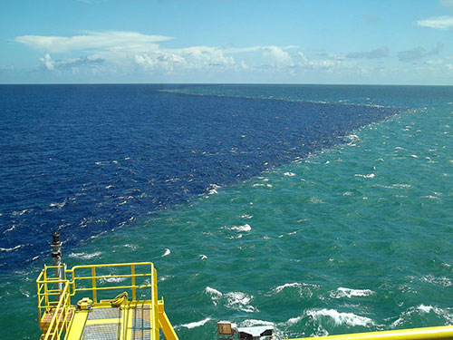 ENSCO 8503 offshore French Guiana. Fresh Amazonian water approaches the rig with 2+ knot currents